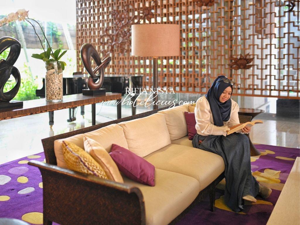Lobby Area & Reception Area Grand Aston Hotel Yogyakarta